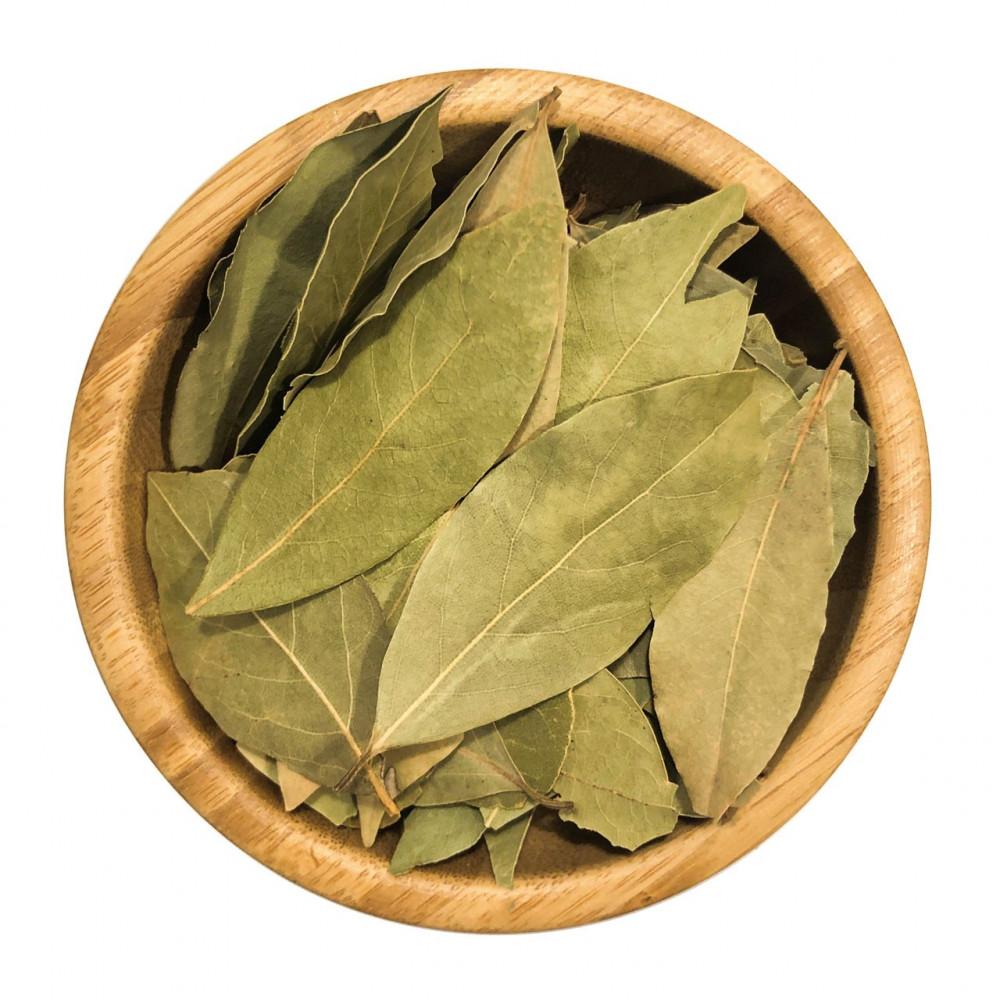 Alloro foglie intere essiccate