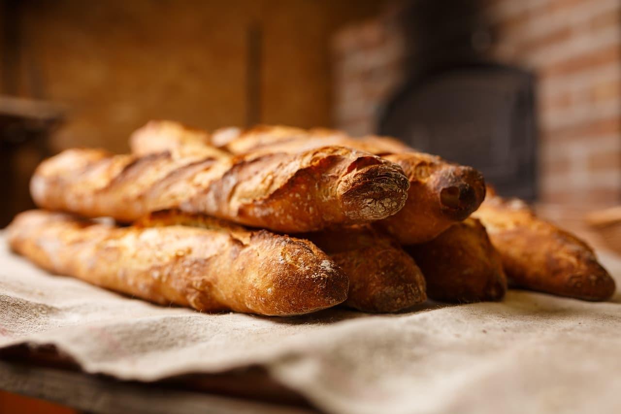 bread-2436370_1280.jpg