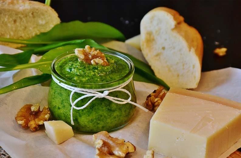 Pesto al basilico .jpg